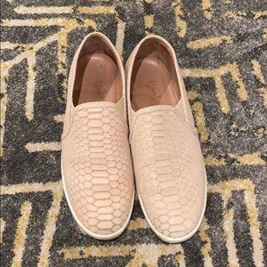 Joie Nude Kidmore flats sneakers